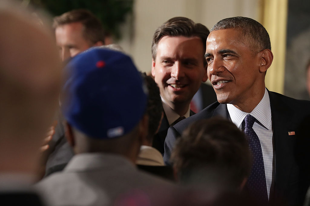 Josh Earnest and President Obama (Getty Images)