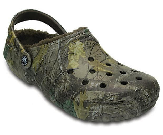 These camo clogs are already 11 percent off before the extra discount (Photo via Crocs)