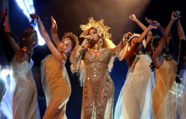 Beyonce performs at the 59th Annual Grammy Awards in Los Angeles, California, February 12, 2017. REUTERS/Lucy Nicholson
