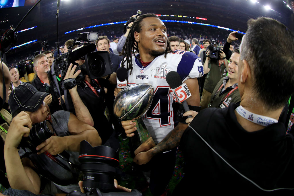 Dont'a Hightower #54 of the New England Patriots holds the Vince Lombardi Trophy after defeating the Atlanta Falcons 34-28 in overtime during Super Bowl 51 at NRG Stadium on February 5, 2017 in Houston, Texas. (Photo by Mike Ehrmann/Getty Images)