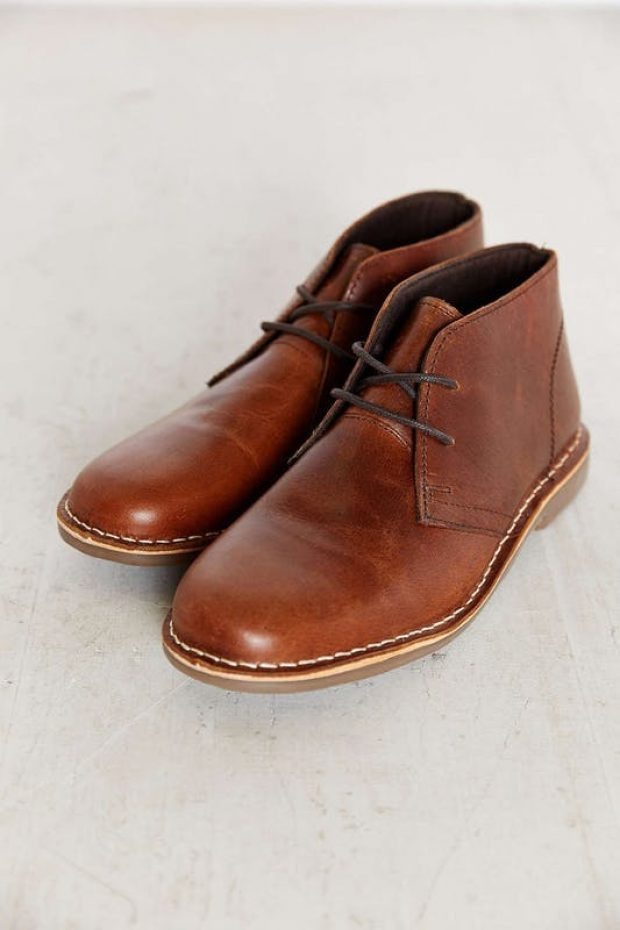 Normally $70, this desert boot is 57 percent off (Photo via Amazon)