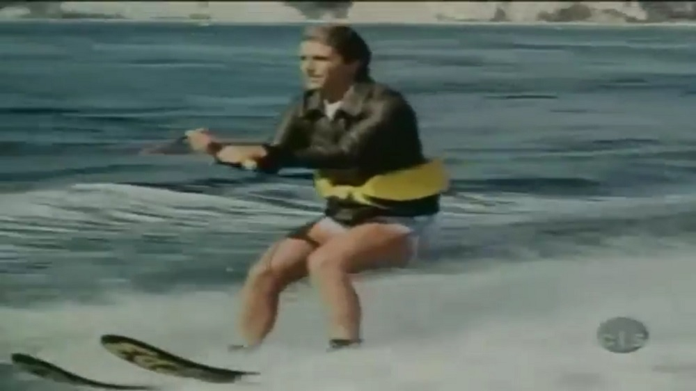 Fonzie jumps the shark YouTube screenshot/sxcinhd