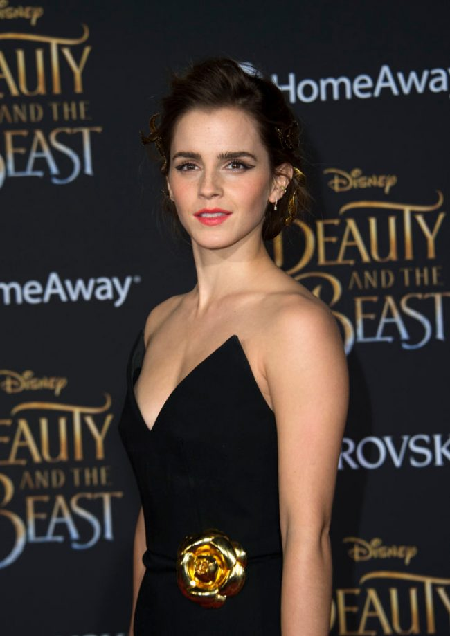 Actress Emma Watson attends the world premiere of Disney's Beauty and the Beast at El Capitan Theatre in Hollywood, California on March 2, 2017. / AFP PHOTO / VALERIE MACON (Photo credit should read VALERIE MACON/AFP/Getty Images)
