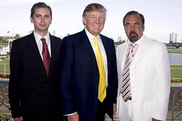 Sergei Millian, Donald Trump, and Related Group CEO Jorge Perez, 2007. (via Facebook)