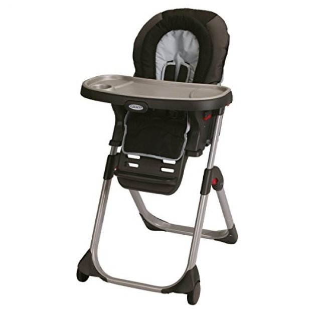 Normally $150, this high chair is 52 percent off today (Photo via Amazon)