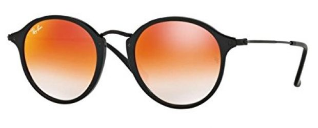 Normally $185, this pair of Ray-Bans is 50 percent off today (Photo via Amazon)