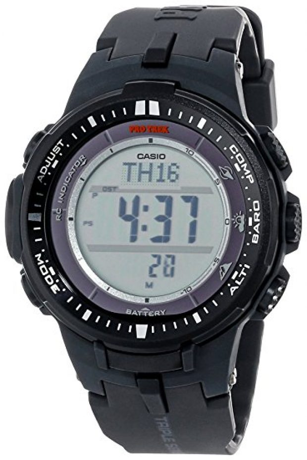 Normally $300, this watch is 60 percent off today (Photo via Amazon)