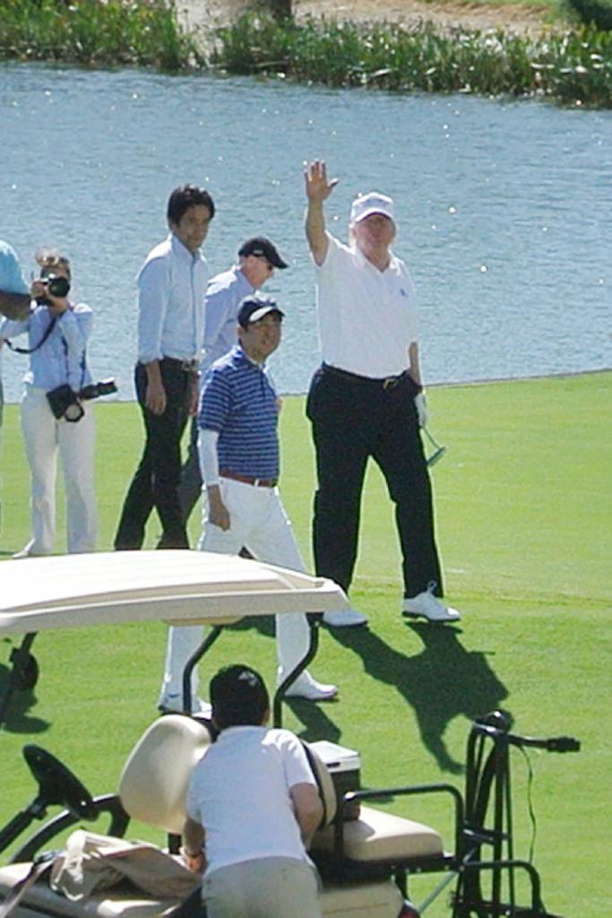 President Donald Trump golfs with Japanese Prime Minister Shinzo Abe (Getty Images)