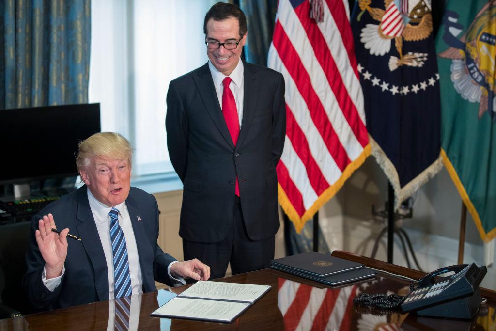 Donald Trump, Steve Mnuchin (Getty Images)