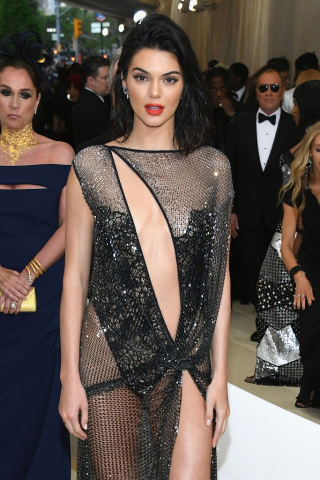Kendall Jenner attends the 'Rei Kawakubo/Comme des Garcons: Art Of The In-Between' Costume Institute Gala at Metropolitan Museum of Art on May 1, 2017 in New York City. (Photo by Dia Dipasupil/Getty Images For Entertainment Weekly)