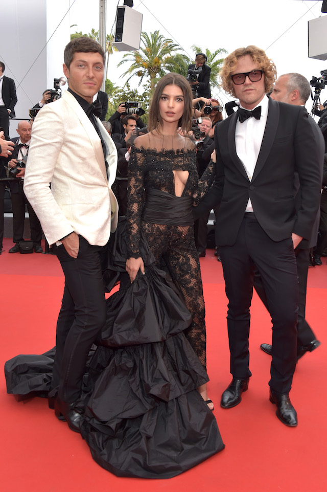 """CANNES, FRANCE - MAY 18: Designer Peter Dundas (L) and Model Emily Ratajkowski attend the """"Loveless (Nelyubov)"""" screening during the 70th annual Cannes Film Festival at Palais des Festivals on May 18, 2017 in Cannes, France. (Photo by Pascal Le Segretain/Getty Images)"""