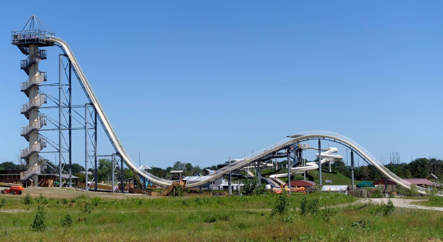 A general view of the Verrückt waterslide at the Schlitterbahn Waterpark in Kansas City, Kansas. The slide, at 168 feet 7 inches (51.38 metres), is the world's tallest waterslide according to the Guinness World Records. It has had its opening postponed three times. [REUTERS/Dave Kaup]