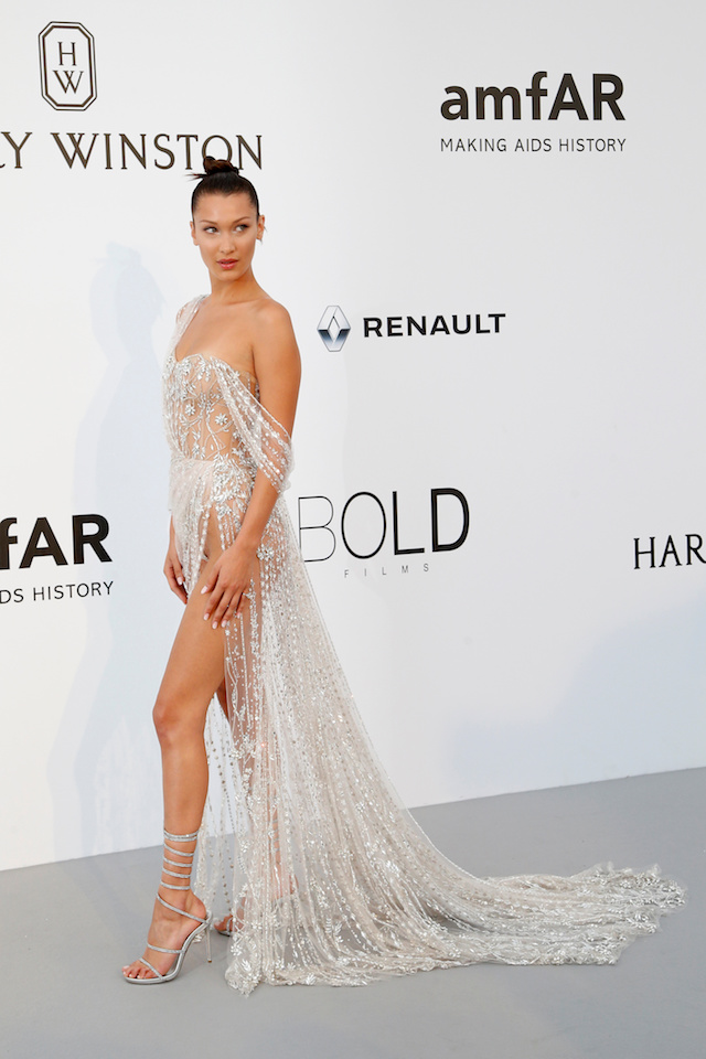 70th Cannes Film Festival ñ The amfAR's Cinema Against AIDS 2017 event ñ Photocall Arrivals - Antibes, France. 25/05/2017. Model Bella Hadid poses. REUTERS/Stephane Mahe - RTX37MRG