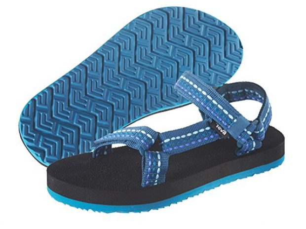 Normally $40, these women's Tevas are 37 percent off today. They are available in blue, green and white (Photo via Amazon)