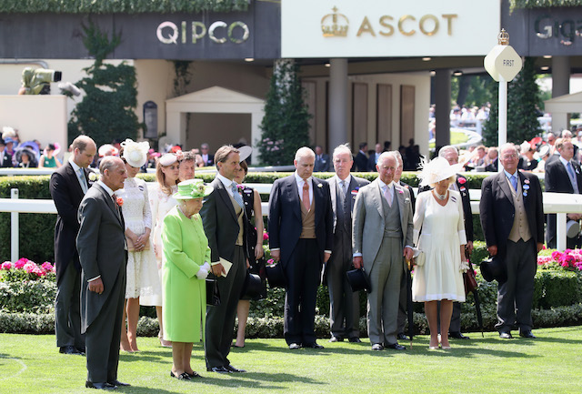 ASCOT, ENGLAND - JUNE 20: (L-R) Prince William, Duke of Cambridge, Prince Philip, Duke of Edinburgh, Catherine, Duchess of Cambridge, Princess Beatrice of York, Queen Elizabeth II, guests, Prince Andrew, Duke of York, guest, Prince Charles, Prince of Wales, Camilla, Duchess of Cornwall and guests during a minute's silence at Royal Ascot 2017 at Ascot Racecourse on June 20, 2017 in Ascot, England. (Photo by Chris Jackson/Getty Images)