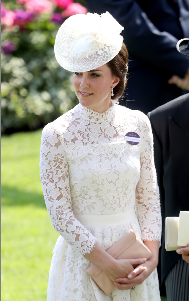 ASCOT, ENGLAND - JUNE 20: Catherine, Duchess of Cambridge is seen in the Parade Ring as she attends Royal Ascot 2017 at Ascot Racecourse on June 20, 2017 in Ascot, England. (Photo by Chris Jackson/Getty Images)