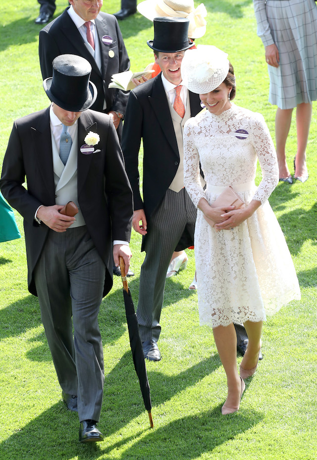 ASCOT, ENGLAND - JUNE 20: Catherine, Duchess of Cambridge and Prince William, Duke of Cambridge in the Parade Ring during Royal Ascot 2017 at Ascot Racecourse on June 20, 2017 in Ascot, England. (Photo by Chris Jackson/Getty Images)