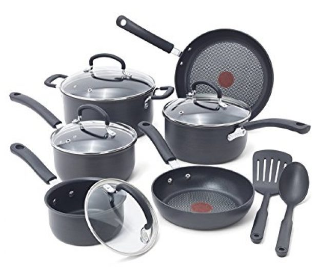 Normally $90 this #1 bestselling12-piece cookware set is 35 percent off today (Photo via Amazon)