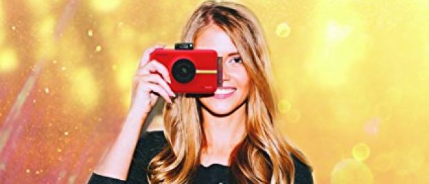 This girl is on the Polaroid train 2017 (Photo via Amazon)