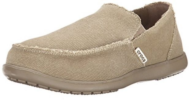 Normally $55, this loafer is 36 percent off today. It is available in 4 different colors (Photo via Amazon)
