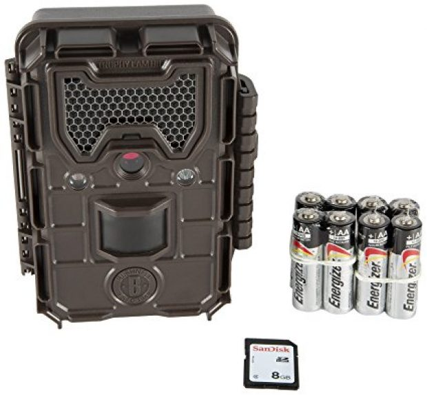 Normally $200, this trail camera is 50 percent off today (Photo via Amazon)