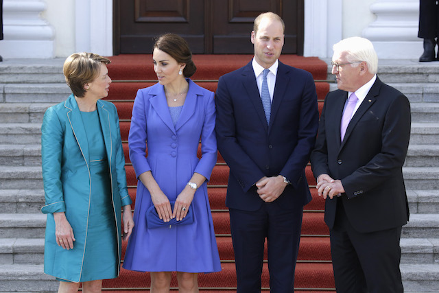 BERLIN, GERMANY - JULY 19: German President Frank-Walter Steinmeier (R) and First Lady Elke Buedenbender (L) greet Catherine, Duchess of Cambridge and Prince William, Duke of Cambridge as they arrive at Bellevue Castle on the first day of their visit to Germany on July 19, 2017 in Berlin, Germany. The royal couple are on a three-day trip to Germany that includes visits to Berlin, Hamburg and Heidelberg. (Photo by Sebastian Reuter/Getty Images)