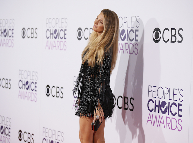 Actress Blake Lively arrives at the People's Choice Awards 2017 in Los Angeles, California, U.S., January 18, 2017 in black mini-dress. REUTERS/Danny Moloshok - RTSW63A