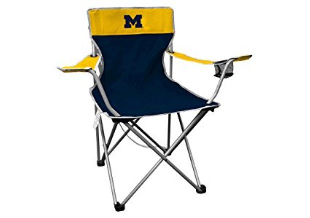 Normally $30, these NCAA chairs are 25 percent off today (Photo via Amazon)
