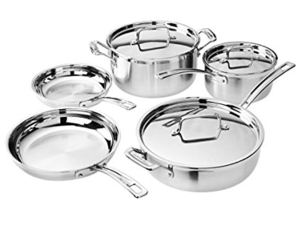 Normally $300, this Cuisinart set is 53 percent off today (Photo via Amazon)