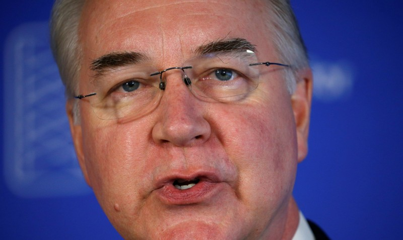 Health and Human Services (HHS) Secretary Tom Price speaks at a news conference on annual influenza prevention at the Press Club in Washington, U.S., September 28, 2017. (REUTERS/Kevin Lamarque)