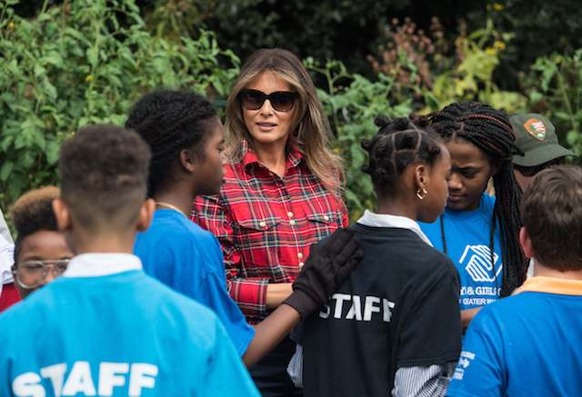 US First Lady Melania Trump speaks to children from the Boys and Girls Club of Greater Washington in the White House kitchen garden at the White House in Washington, DC, on September 22, 2017. / AFP PHOTO / NICHOLAS KAMM (Photo: NICHOLAS KAMM/AFP/Getty Images)