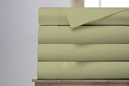 Normally $124, this 4-piece sheet set is 60 percent off. It comes in 4 sizes and 4 colors (Photo via Amazon)