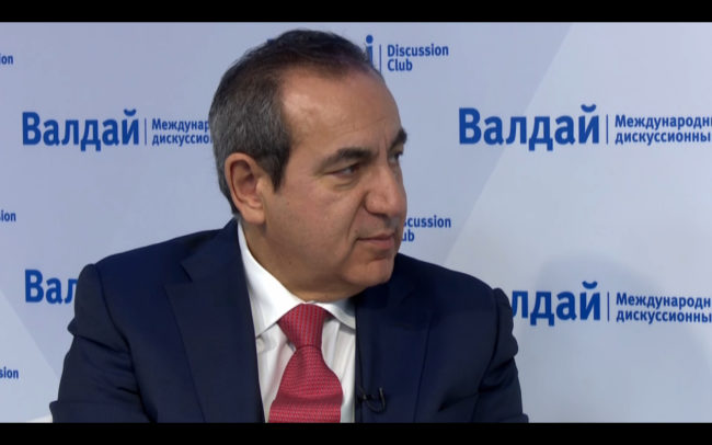 Joseph Mifsud at Valdai Discussion Club event, May 2016. (Photo: Screenshot/Valdai Club/YouTube)