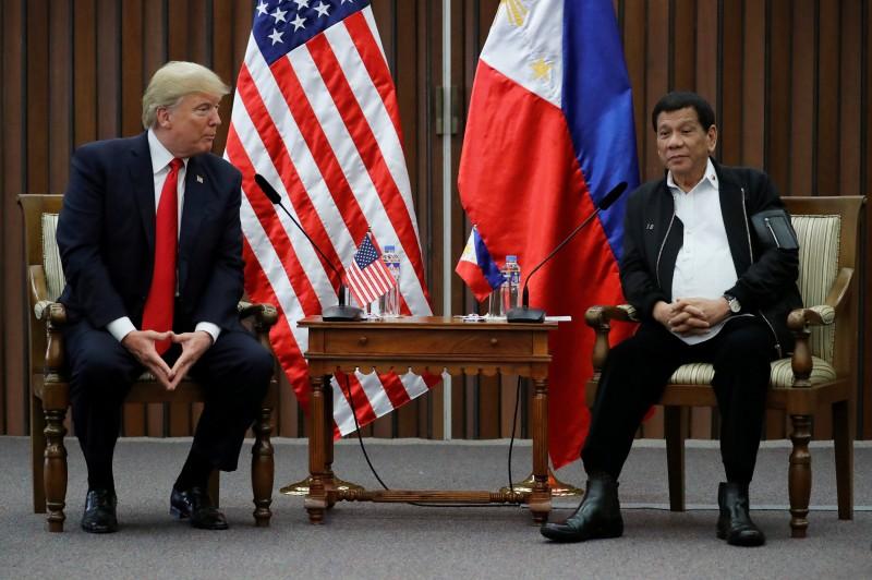 U.S. President Donald Trump holds a bilateral meeting with President of the PhilippinesRodrigo Duterte alongside the ASEAN Summit in Manila, Philippines November 13, 2017. REUTERS/Jonathan Ernst