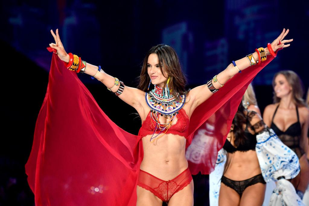 e6e54cf320 Alessandra Ambrosio Says Goodbye To Victoria s Secret After 17 Years ...