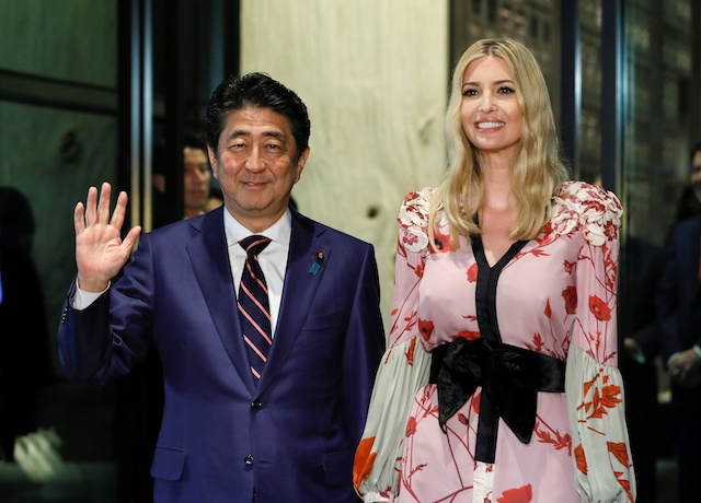 Ivanka Trump, Advisor to US President Donald Trump, is welcomed by Japanese Prime Minister Shinzo Abe for a dinner at a restaurant in Tokyo, Japan, 3 November 2017. REUTERS/Kimimasa Mayama/Pool -