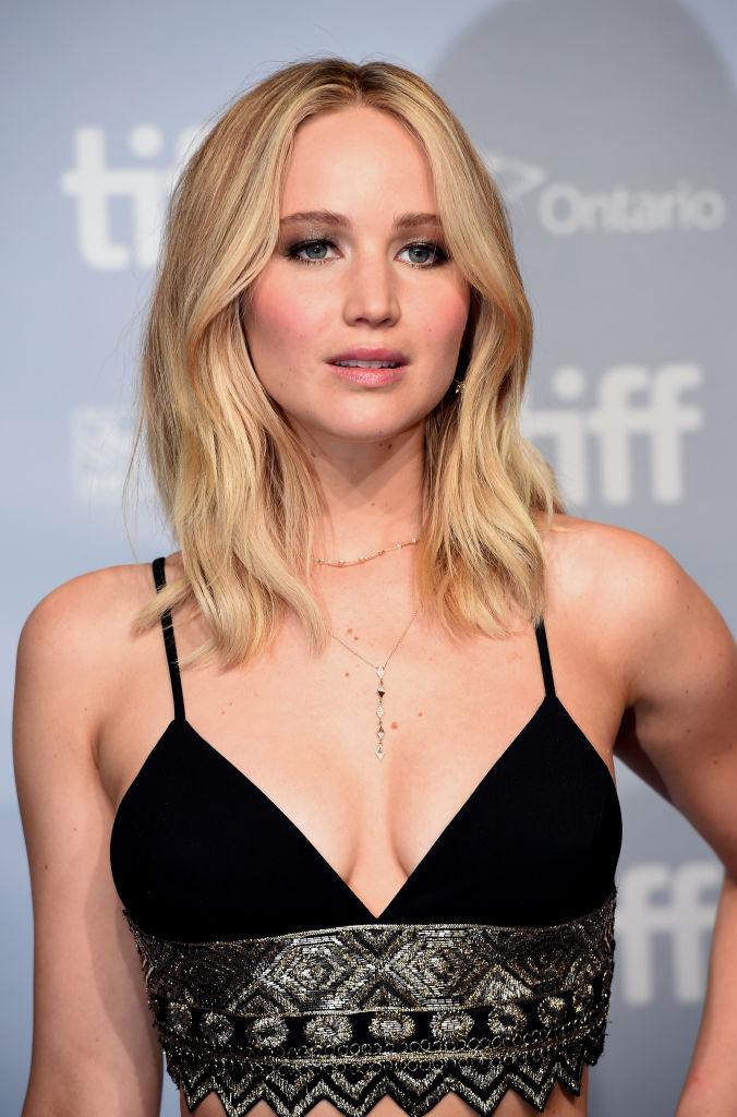 Jennifer Lawrence Feels Like She Got Gang-Banged When -4493
