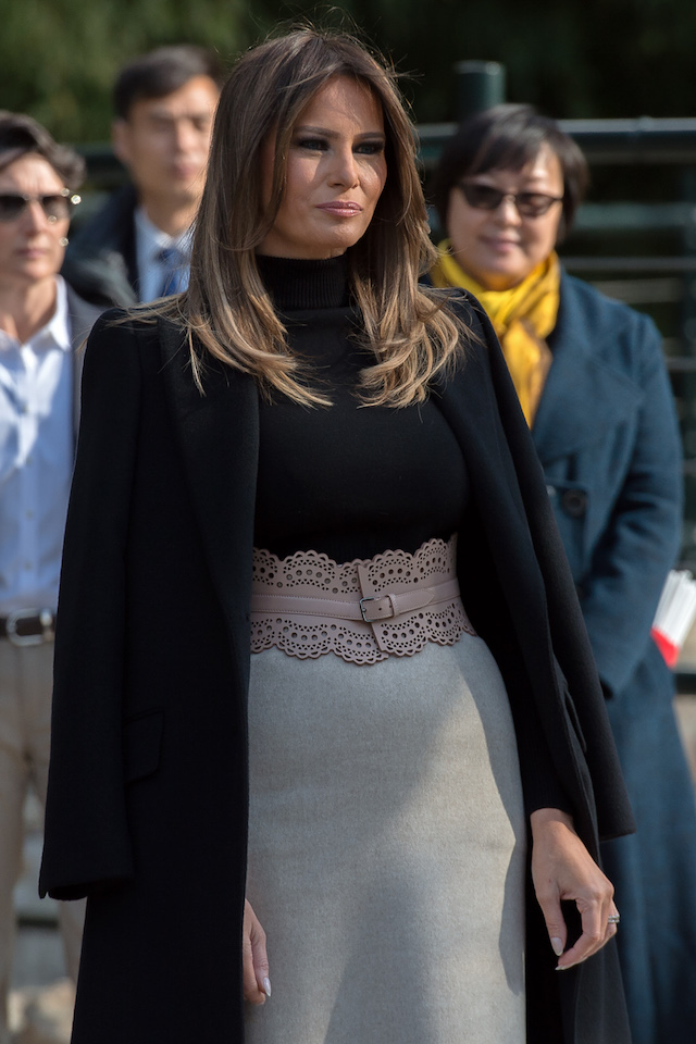 US First Lady Melania Trump visits the Beijing Zoo in Beijing on November 10, 2017. / AFP PHOTO / NICOLAS ASFOURI (Photo credit should read NICOLAS ASFOURI/AFP/Getty Images)