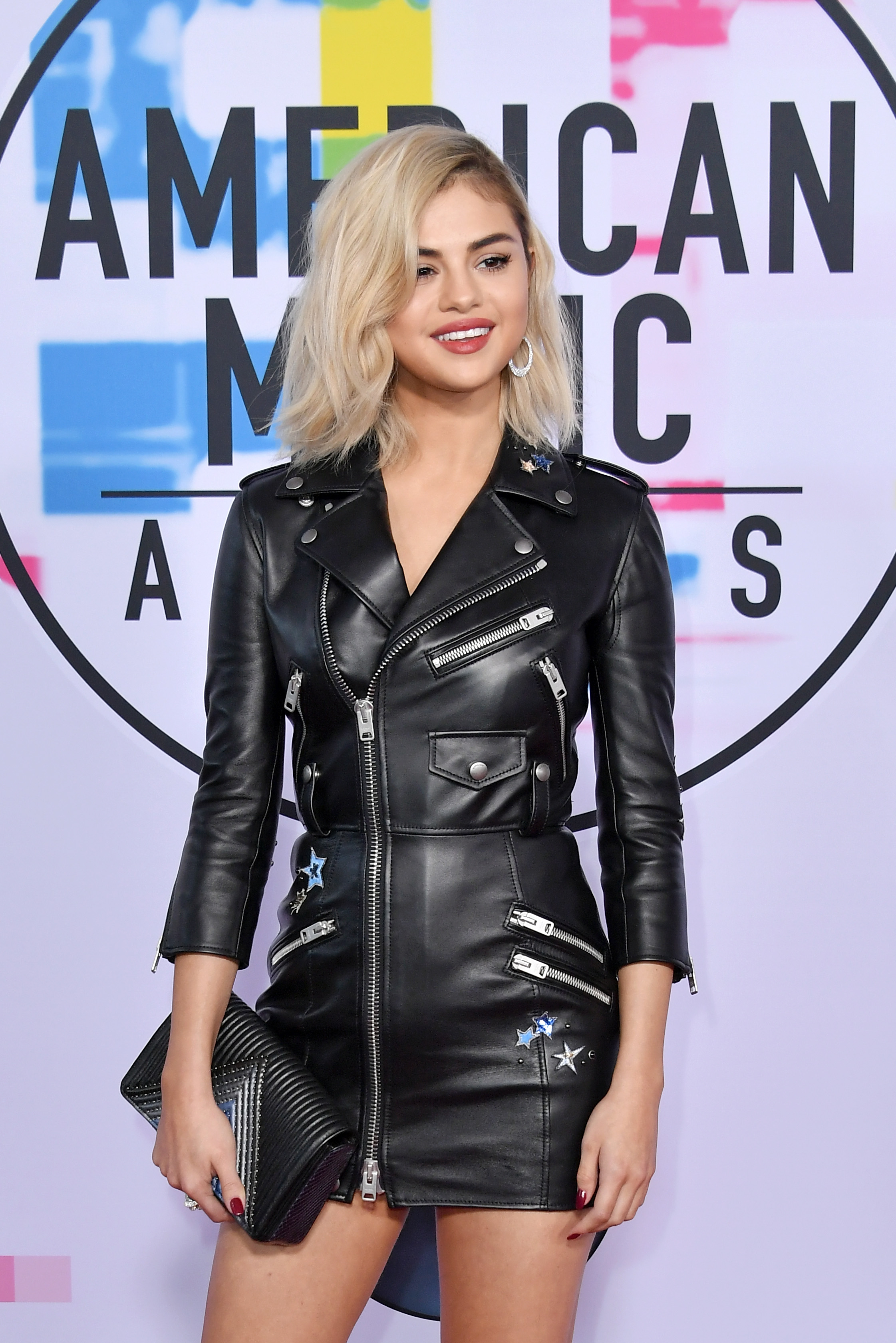 Los Angeles Ca November 19 Selena Gomez Attends The 2017 American Music Awards