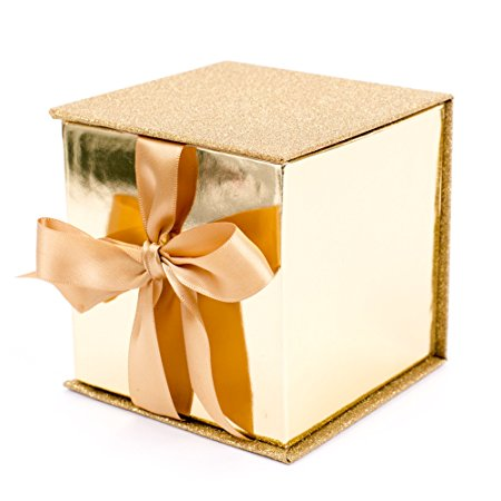 Normally $8, this small gift box is 44 percent off today (Photo via Amazon)