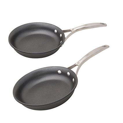 Normally $70, this set of pans is 30 percent off today (Photo via Amazon)