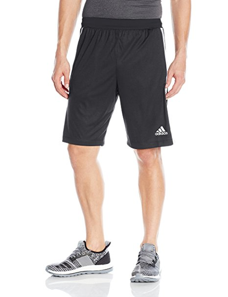 Normally $30, these shorts are 58 percent off today (Photo via Amazon)