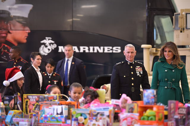 Toys For Tots Volunteer : Melania shows off her christmas spirit at marine corps toys for