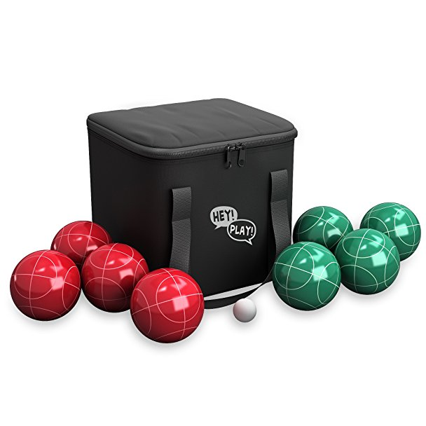 Normally $40, this bocce set is 38 percent off today (Photo via Amazon)