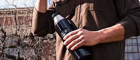 Normally $35, this Thermos is 46 percent off today (Photo via Amazon)