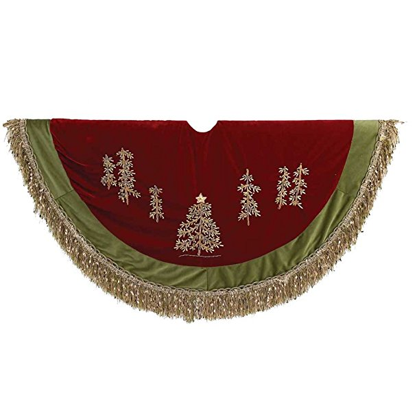 Normally $50, this tree skirt is 71 percent off (Photo via Amazon)