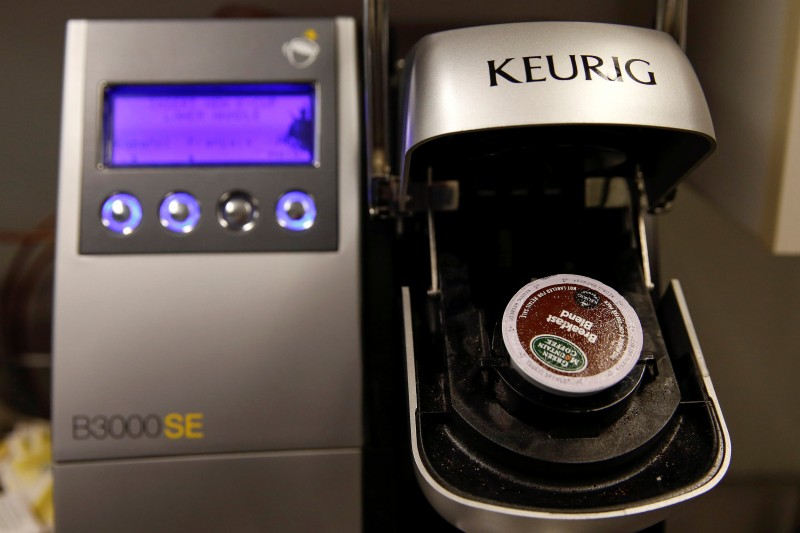 FILE PHOTO: A single-serve Keurig Green Mountain brewing machine is seen before dispensing coffee in New York February 6, 2015. REUTERS/Shannon Stapleton/File Photo