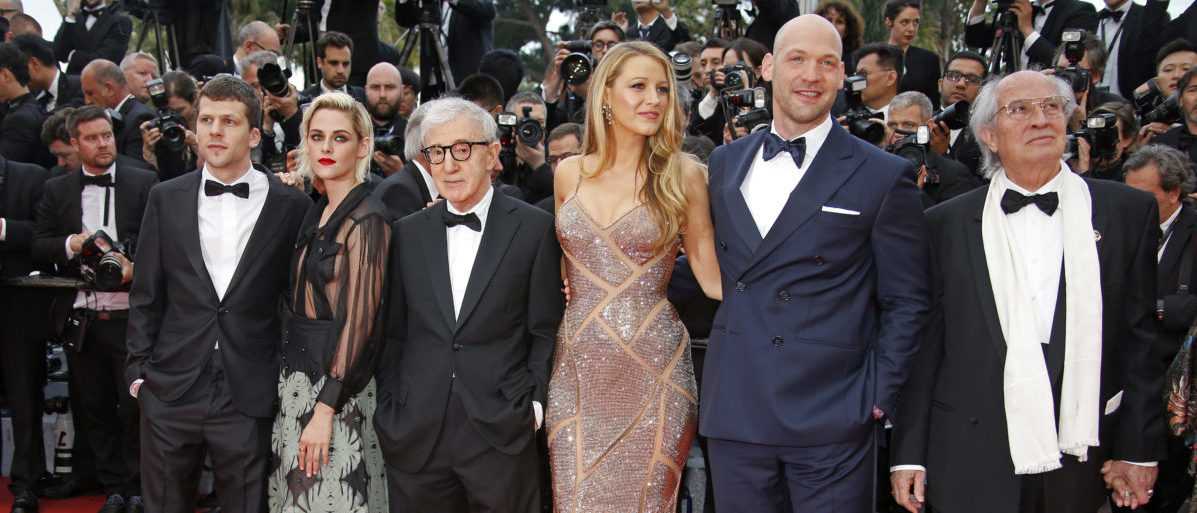 "Director Woody Allen (3rdR) and cast members (L-R) Jesse Eisenberg, Kristen Stewart, Blake Lively, Corey Stoll arrive for the opening ceremony and the screening of the film ""Cafe Society"" out of competition during the 69th Cannes Film Festival in Cannes, France, May 11, 2016. REUTERS/Eric Gaillard"