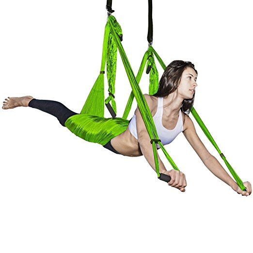 Normally $40, this swing hammock is 30 percent off with this code (Photo via Amazon)