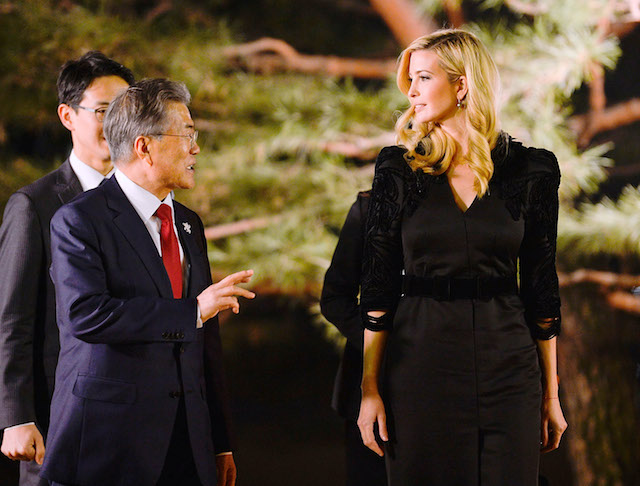 SEOUL, SOUTH KOREA - FEBRUARY 23: South Korean President Moon Jae-In (L) talks with Ivanka Trump (R) during their dinner at the Presidential Blue House on February 23, 2018 in Seoul, South Korea. Ivanka Trump is on a four-day visit to South Korea to attend the closing ceremony of the Pyeongchang Winter Olympics and to meet South Korean President Moon. (Photo by Kim Min-Hee-Pool/Getty Images)